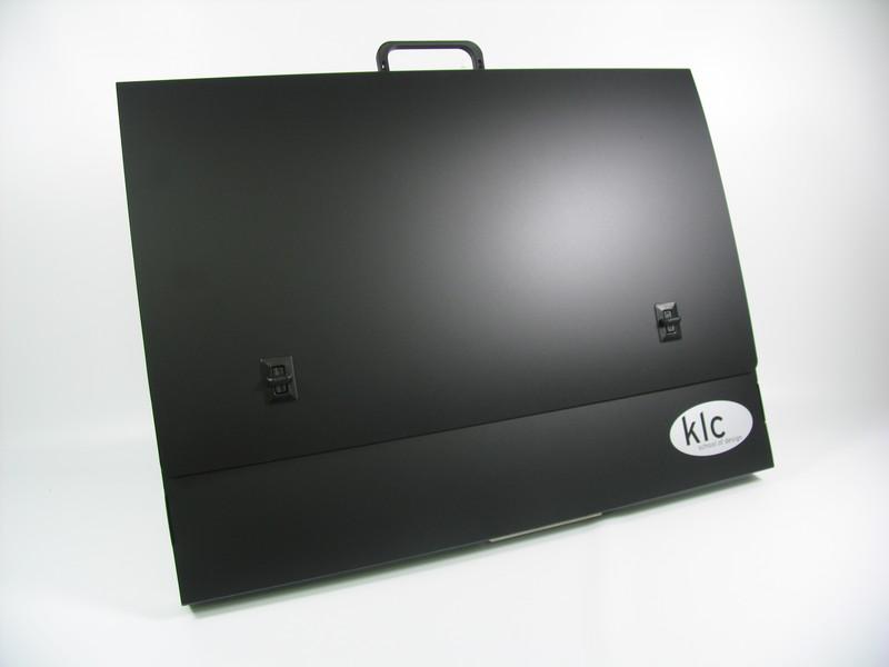 WO26685 - A2 Box Portfolio Polyprop